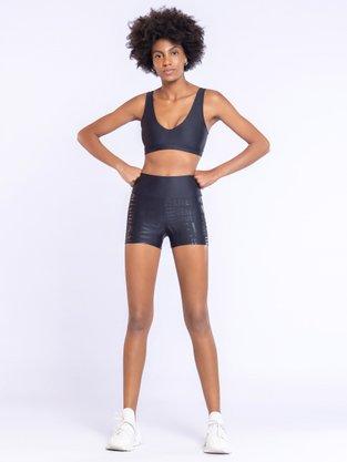 Shorts Fit LIVE! Essentials