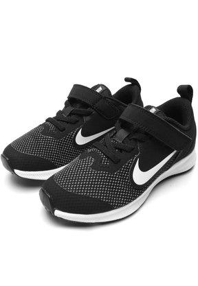 Tênis Nike Downshifter 9