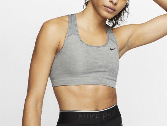 Top Nike Swoosh